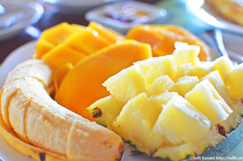 Having breakfast in Boracay