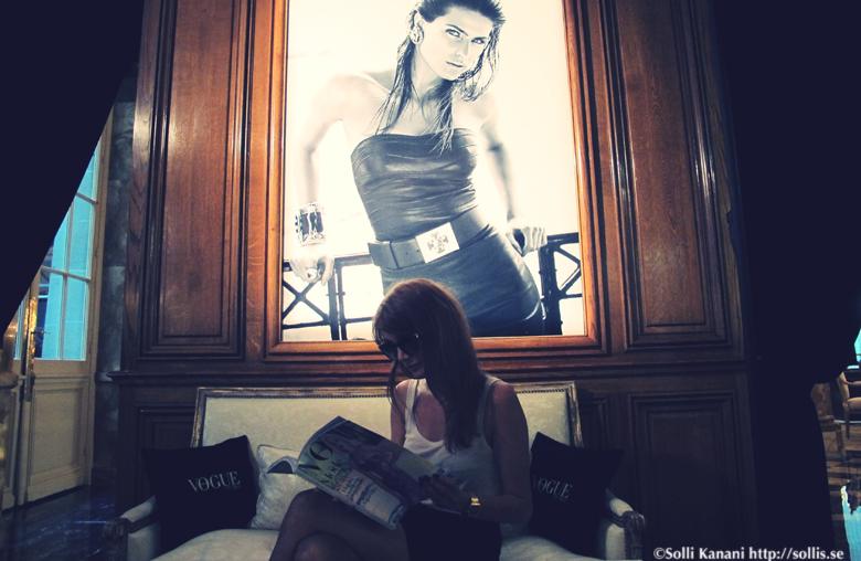 me at VOGUE fashion bar at hotel Crillon