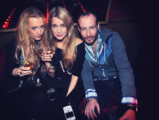 Linda Romanazzi, me and Thierry Lasry @ Le Baron (photo: Jean Picon)