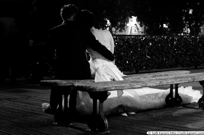Wedding couples in Paris