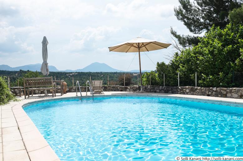 swimmingpool-provence