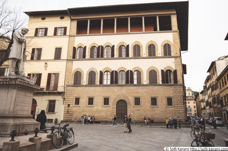 Palazzo Guadagni in Florence