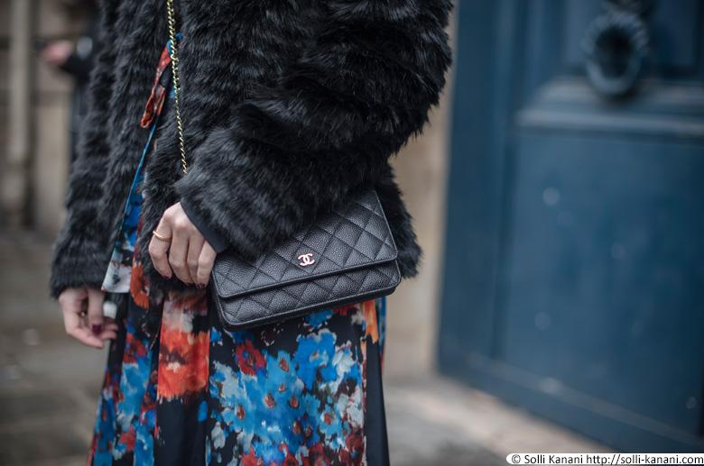 Chanel bag street